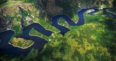 river-uvac-canyon