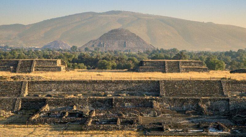 teotivakan-teotihuakan-mesto-gde-covek-postaje-bog